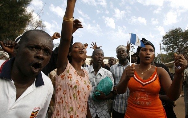 Royalists chant slogans outside Buganda Parliament